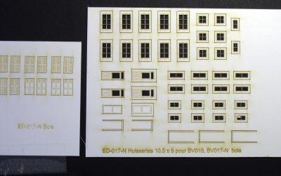 Fenêtres, volets et portes pour maisons de ville (petites) – Echelle N