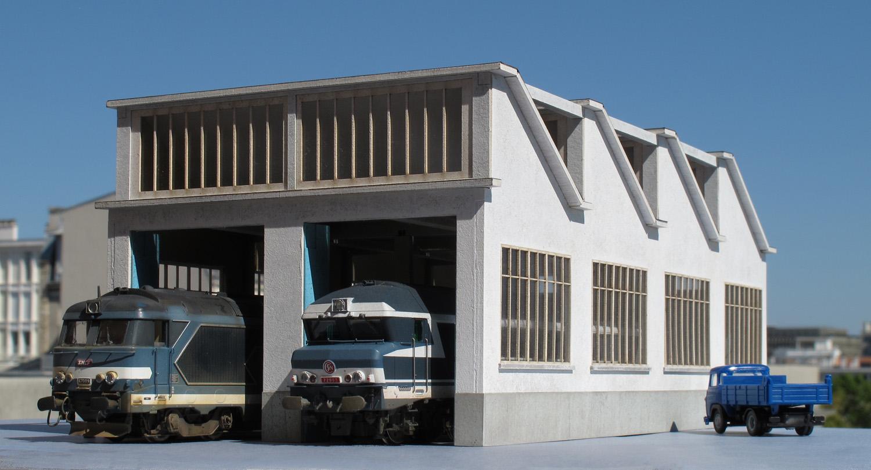 Atelier Remise 2 voies toiture Shed style 'La Chapelle' - Echelle HO - cités miniatures